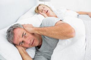 Как избавиться от храпа во сне женщине